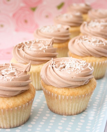 Vanilla-Bean-Buttermilk-Nutella-Cupcakes-Pic-1-410x508